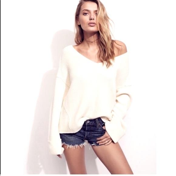 La Brea V Neck Sweater